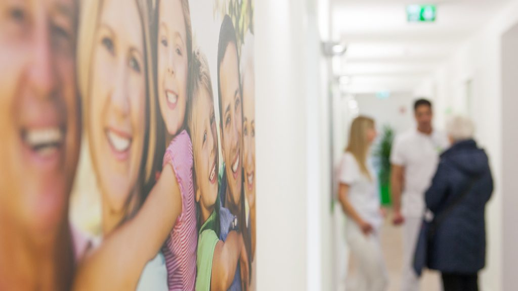"""Erfolgreicher Infotag """"Zahnersatz & Zahnimplantate""""vom 14. August 2018"""